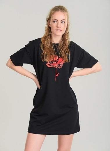 Taş İşlemeli Nakışlı Elbise-Agenda